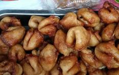 5 Makanan Indonesia dengan Nama Berbau 'Porno'