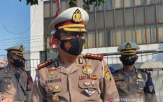 Amankan Demo Buruh dan Mahasiswa, Polisi Tutup Sebagian Jalan Merdeka Barat