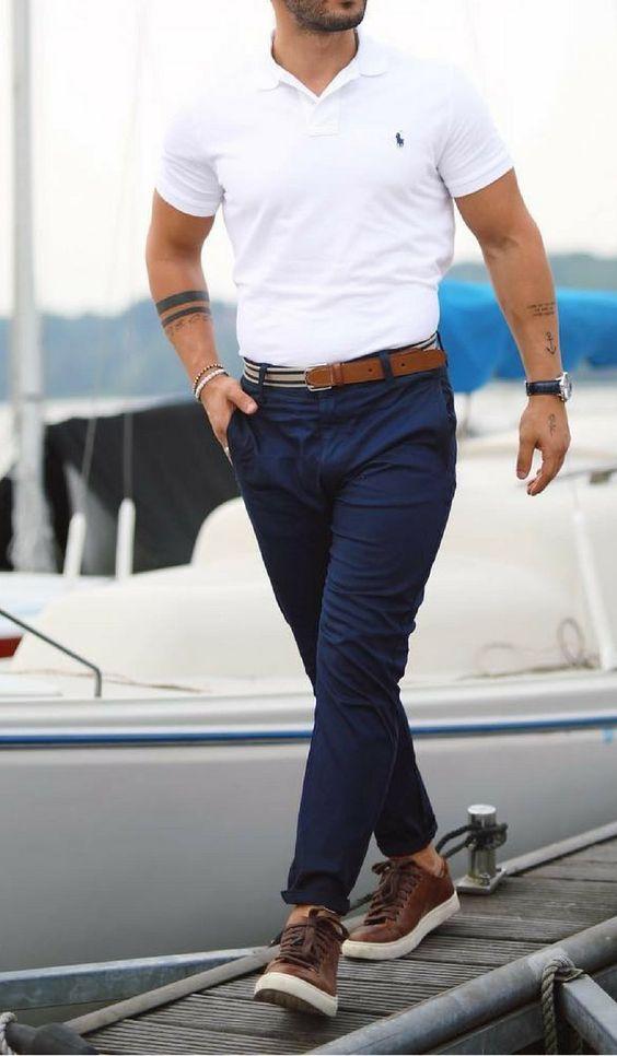 Pria Modis, 5 Warna Celana Chino Ini Bakal Bikin Penampilanmu Makin Keren