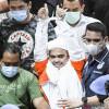 Pakai Tabung Oksigen, Rizieq Shihab Jatuh Sakit di Penjara