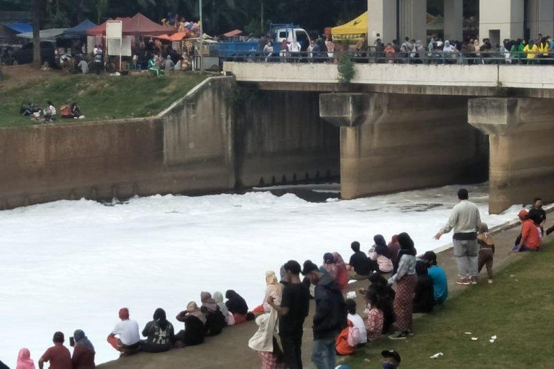 Peserta CFD BKT Nikmati 'Salju'