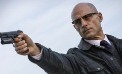 Mark Strong Bakal Jadi Musuh di Film Shazam