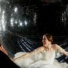 Aksi Fotografi Unik dalam Gelembung Raksasa
