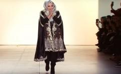 Tembus New York Fashion Week, Bos First Travel Ini Seorang Desainer Kondang