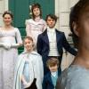 Phoebe Dynevor Khawatir Sekuel Kedua 'Bridgerton' Ditunda