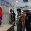 Giat Operasi Tertib Masker, Satpol PP DKI Tindak 52 Pelanggar di Pasar Senen