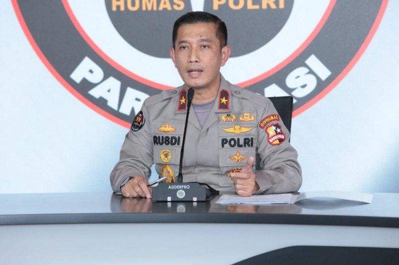 Polisi Pastikan Proses Hukum Abu Janda Tetap Dilanjutkan