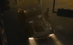 Matt Reeves Pamerkan Penampakan Batmobile di 'The Batman'