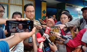Bela Anies yang Dicibir Soal Banjir, PA212 Semprot Jokowi