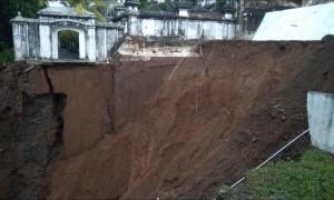 Diterjang Longsor, Makam Raja Yogyakarta Imogiri Ditutup untuk Wisatawan