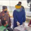 Positif COVID-19, Dua Orang Arus Balik Dibawa ke RSD Wisma Atlet