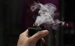 Vape atau Rokok, Mana yang Lebih Aman?
