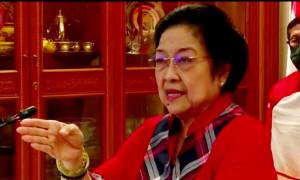 Megawati Minta Bertemu Risma Bahas Kesenjangan Sosial