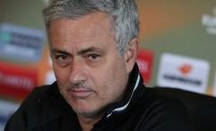 Mourinho Hanya 11 Detik Meladeni Wartawan