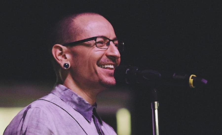 Vokalis 'Linkin Park' Chester Bennington Tewas Gantung Diri