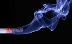 Awas, Merokok Bisa Sebabkan Kebutaan