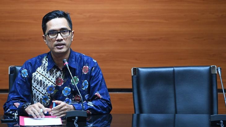 KPK Sita Sejumlah Dokumen Dalam Penggeledahan di Malang