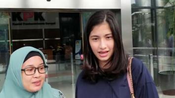 Seusai Diperiksa KPK Terkait Wawan, Artis Faye Nicole Pilih Bungkam