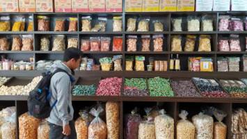 Gelombang Ke-2 COVID, Ekonomi Indonesia Diprediksi Negatif 3,9 Persen