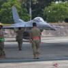 Enam Pesawat Tempur F-16 Milik AS Terbang di Langit Pekanbaru