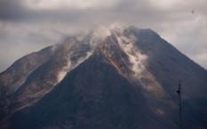 Gunung Agung Erupsi, BPBD Imbau Masyarakat dan Pendaki Jauhi Zona Berbahaya