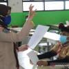 Kasus COVID-19 Meroket, DPR Minta Sekolah Tatap Muka Dikaji Ulang