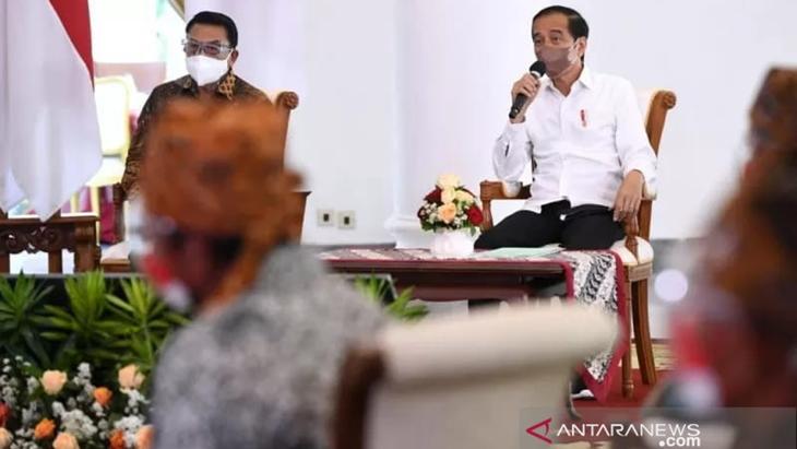 Angka Penambahan COVID-19 Konsisten Turun, Jokowi Curi Perhatian Biden