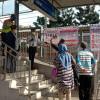 Banyak Warga di Stasiun Rawa Buaya Pulang akibat Pengetatan Aturan
