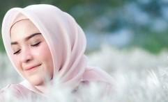 Hijab Organza Masih Jadi Buruan Hijabers untuk Lebaran