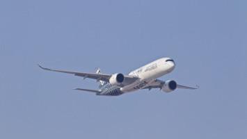 Pengiriman Barang Lebih Efisien Menggunakan Pesawat