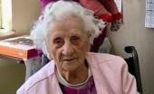 Hebat, Nenek 103 Tahun MEInang Melawan Virus Corona