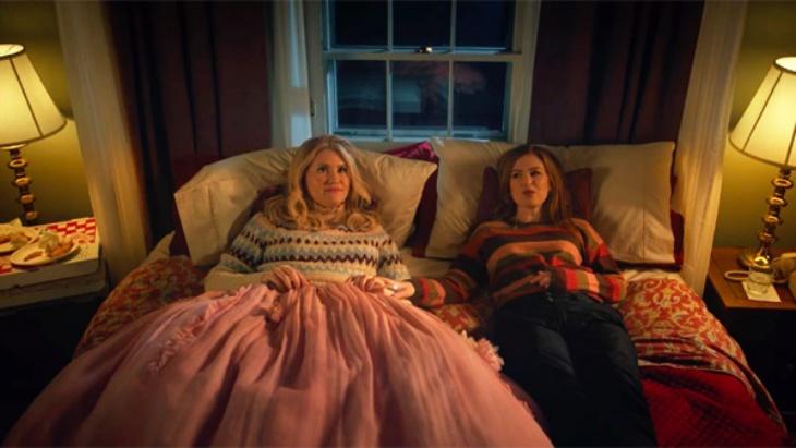 Sabut Hari Natal, Disney Plus Hadirkan Film 'Godmothered'