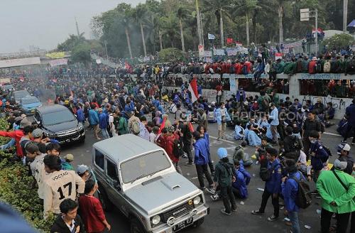 Antisipasi Demo Mahasiswa, Polisi Tutup Akses Jalan Seputar Gedung DPR