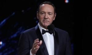 """Gara-gara Kasus Pelecehan, Nama Kevin Spacey dihapus di  """"All the Money the Word"""""""