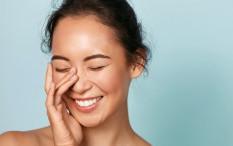 Dermatolog Anjurkan Setop Sentuh Wajah Sendiri