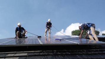 Mengejar Bauran Energi Terbarukan Ketenagalistrikan Dari Matahari