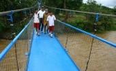 Tinjau Jembatan Gantung Srengseng, Anies: Ini Seperti di Film Indiana Jones