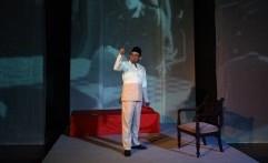 Cerita Kehidupan Bung Karno Dalam Monolog Bung Karno