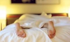 Jangan Tidur Tengkurap, Ini Akibatnya