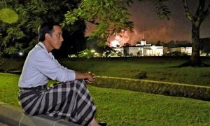 5 Gaya Berpakaian Jokowi Paling Viral di Media Sosial