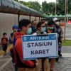 Warga Sebut Anies Telat Buat Aturan Bus TransJakarta Gratis Usai Ramai di Medsos