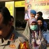 Ajak Pasang Foto Anies dan Turunkan Foto Jokowi di Kelas, Guru SMA ini Ditangkap