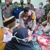 Jokowi Bantu Guru Alami Kelumpuhan Yang Sempat Diisukan Akibat Vaksinasi