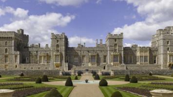 Cerita Hantu di Istana Windsor Inggris