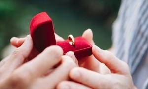 Jelang Pesta Pernikahan Jangan Stres, Atasi dengan Cara Ini!