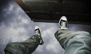 Stres Divonis Positif COVID-19, Wanita di Tambora Lompat dari Apartemen