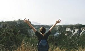 5 Keuntungan Saat Kalian Traveling Sendirian
