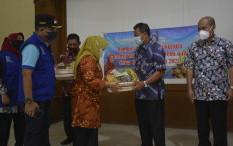 Warga Isoman di Kabupaten Sleman Dapat Kiriman Paket Buah-buahan Gratis