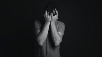 Kesehatan Mental pada Pria yang Sangat Terselubung
