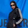 Adidas Originals Luncurkan Koleksi Pakaian Olahraga Mewah 'Blue Version'